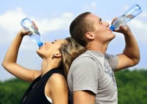 Gunakan Penjernih Air ataukah Minum Air Botol