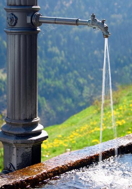 Air Bersih Sehat dengan Alat Penyaring Air Sederhana