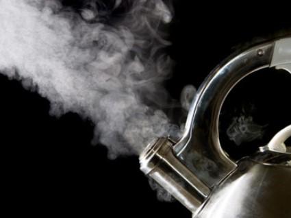 Kelemahan dan Kelebihan Penjernih Air Secara Distilasi