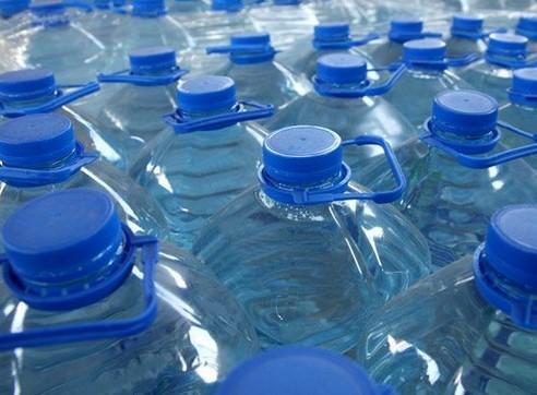 Bahaya Botol Plastik untuk Kesehatan dan Solusi Filter Air