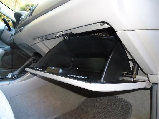 Fungsi Serta Manfaat Air Filter Pada Sebuah Mobil